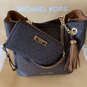 🌹 MICHAEL Michael Kors Shoulder Tote & Wallet🌹